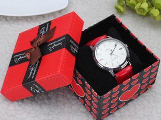 arkadaşa doğum gününde saat hediye verilir mi?